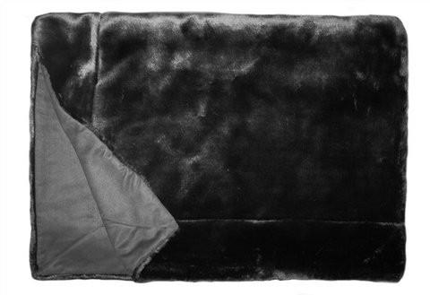 Ein Leben in der Grauzone kann man sich mit dieser hübschen Decke aka Plaid auch zu Nutzen machen