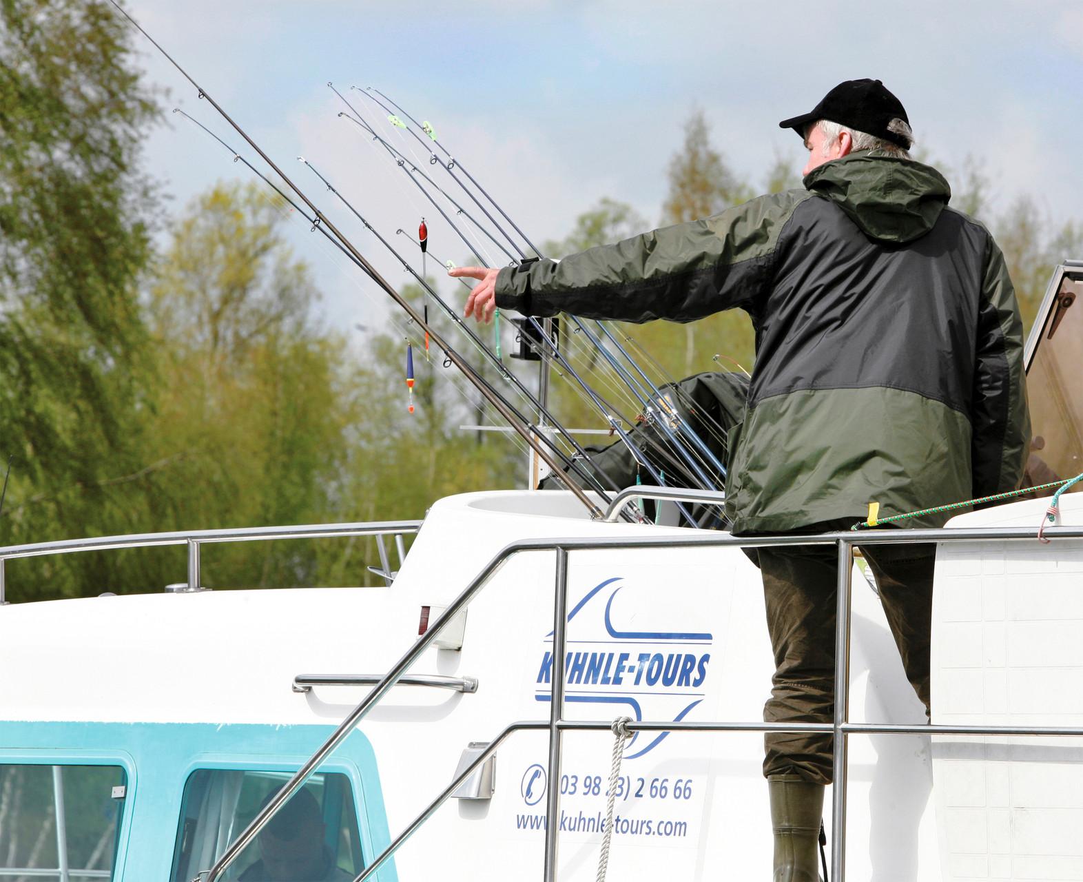 Angler sind im März die ersten und im November die letzten Kunden bei der Miete von Hausboot. Foto: Kuhnle Tours/Harald Mertesen.