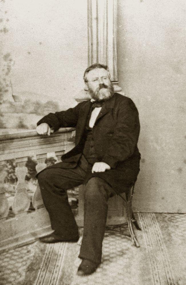 Die Separation bewegte auch Fritz Reuter im fernen Eisenach, hier auf einem, 1857 gefertigten Foto.