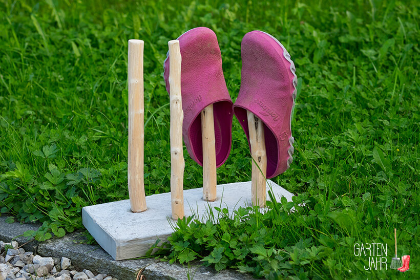 DIY Gartenschuhständer aus Beton und Holz