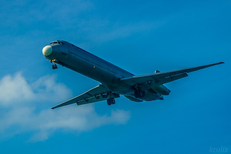 """...и огромные суда Orient Thai. Слышал, что так самолёты можно """"пощупать"""" только в Доминиканском Пунта Кана :)"""