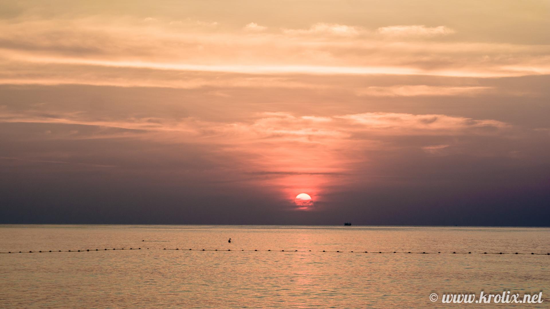 Последний наш закат на Пхукете.
