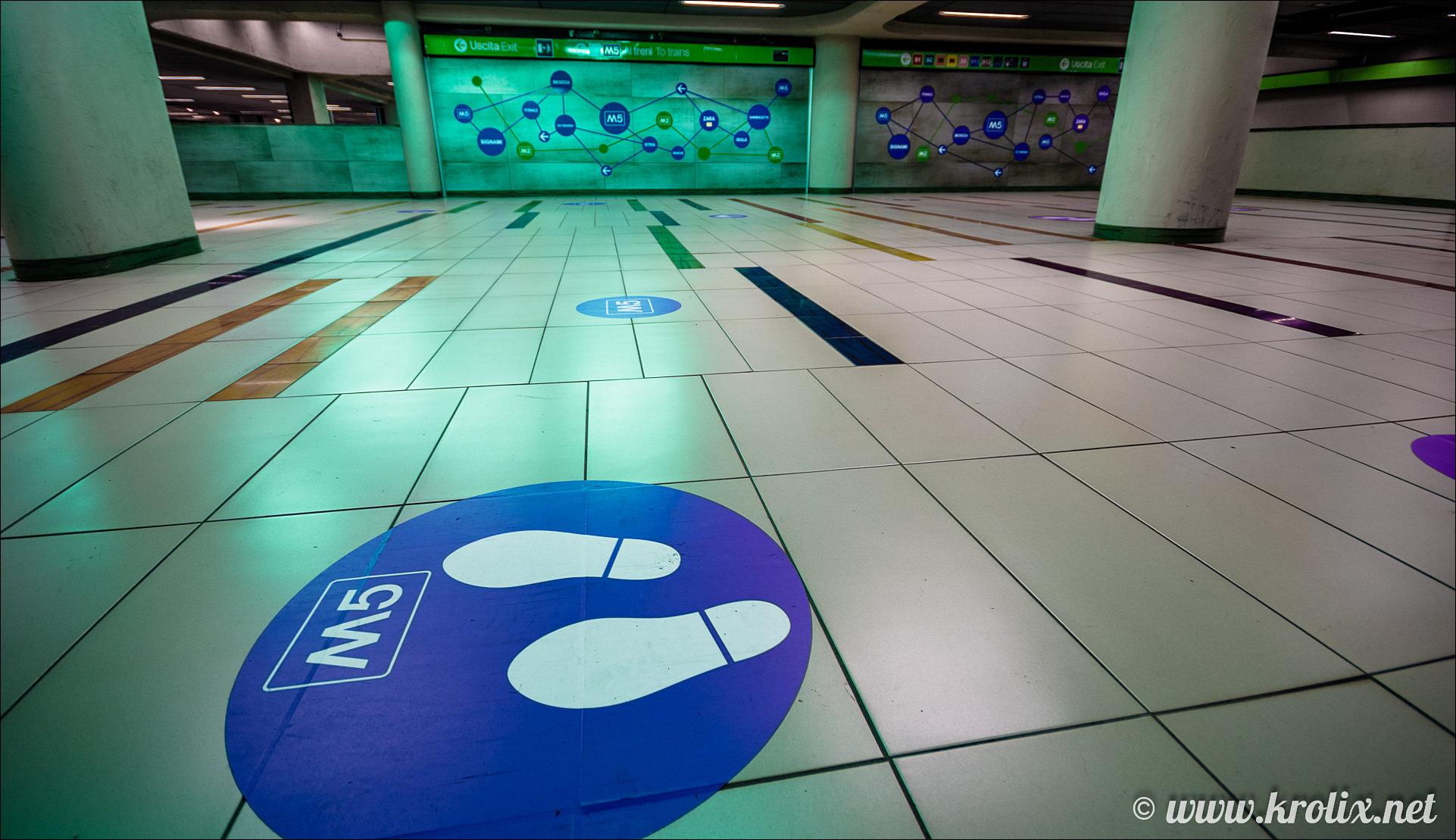 7. Переходы метро довольно креативны...