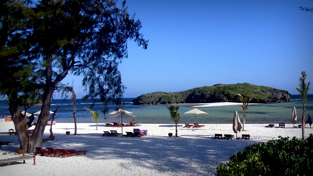 Papa Remo Beach - Watamu