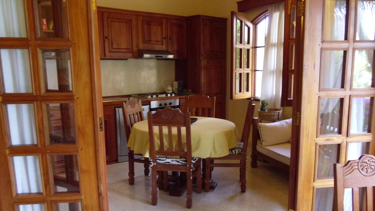 Holiday House Tembo Court Malindi - Living Room Apartment. Casa Vacanze Tembo Court Malindi -  Soggiorno Appartamento