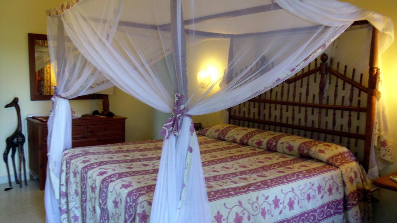 Holiday House Tembo Court Malindi - Bedroom 1 Apartment. Casa Vacanze Tembo Court Malindi -  Camera letto 1 Appartamento