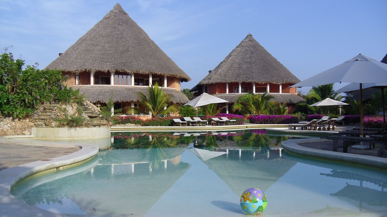 Holiday House Tembo Court Malindi - Pool
