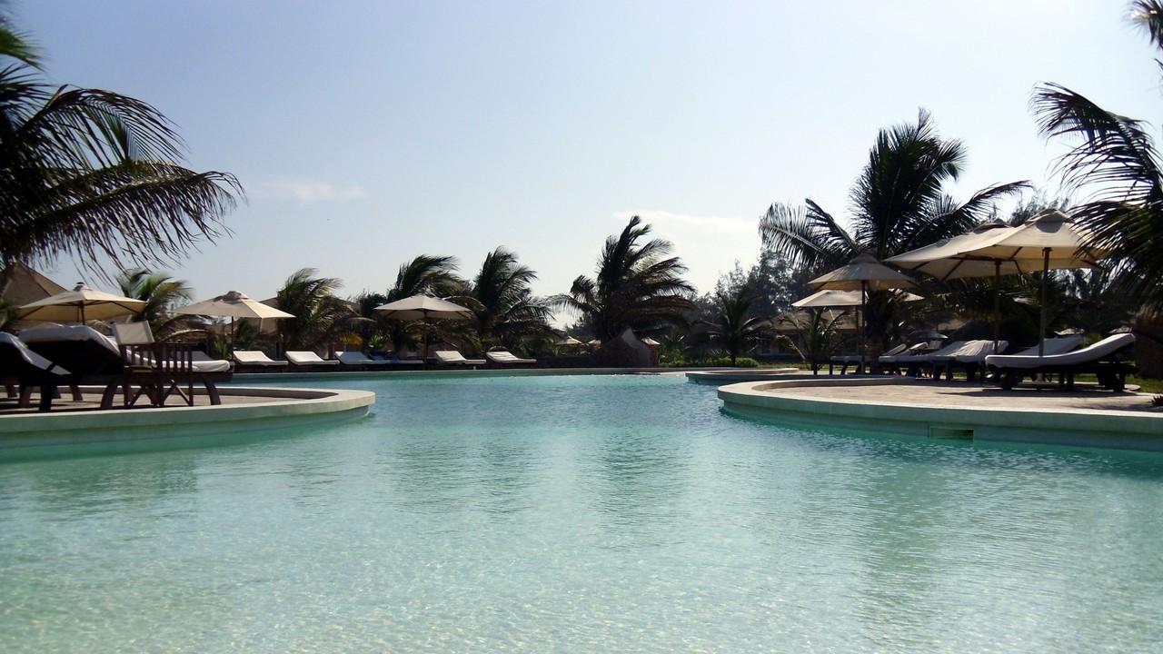 Holiday House Tembo Court Malindi - Beachfront Pool. Casa Vacanze Tembo Court Malindi -  Piscina fronte mare