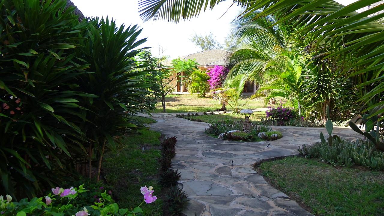 Giardini Tembo Court