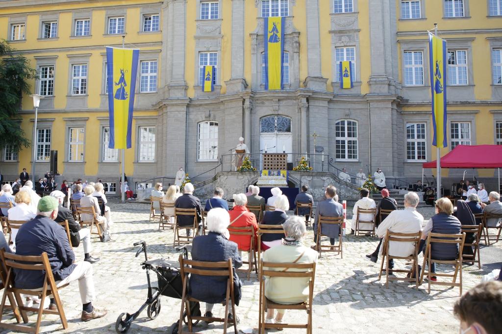 Open-Air-Messe zu Ehren des Heiligen Ludgerus