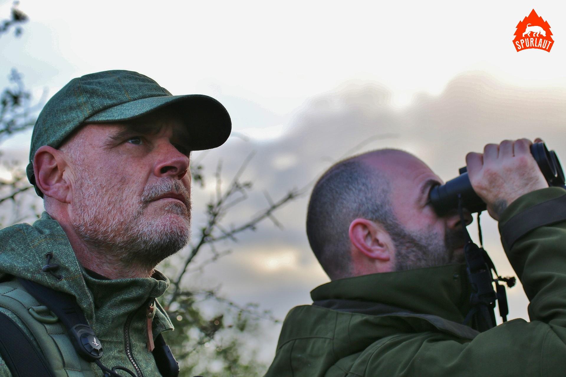 Norman gibt sich Mühe Wild zu finden