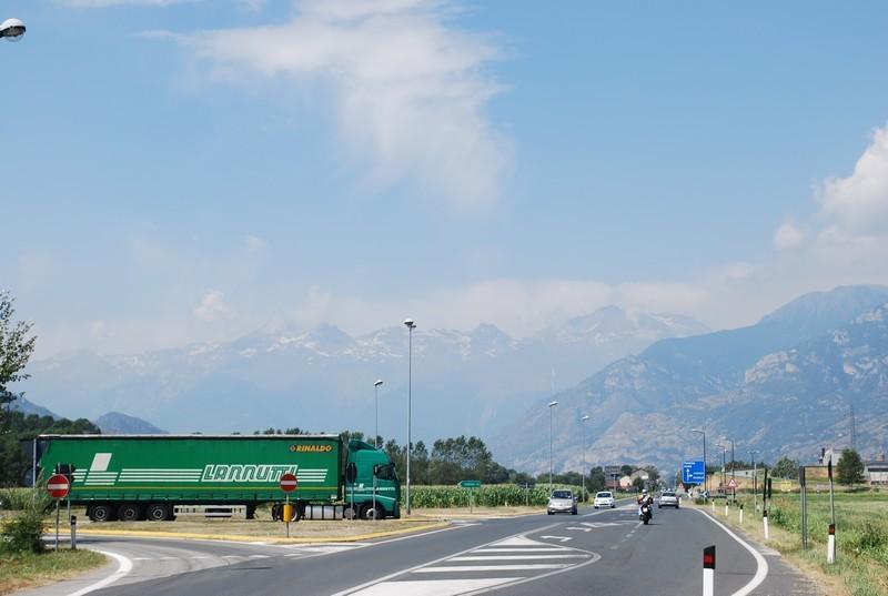 Entre Suse et Turin, les Alpes, une barriere