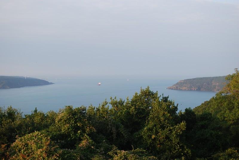 ou le Bosphore s ouvre sur la Mer Noıre (Karadeniz)
