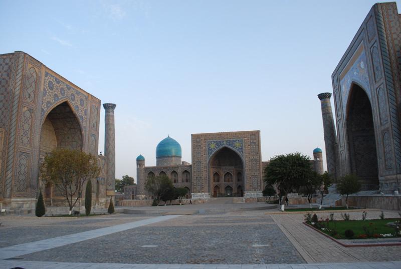 le Registan au petit matin, Samarkand
