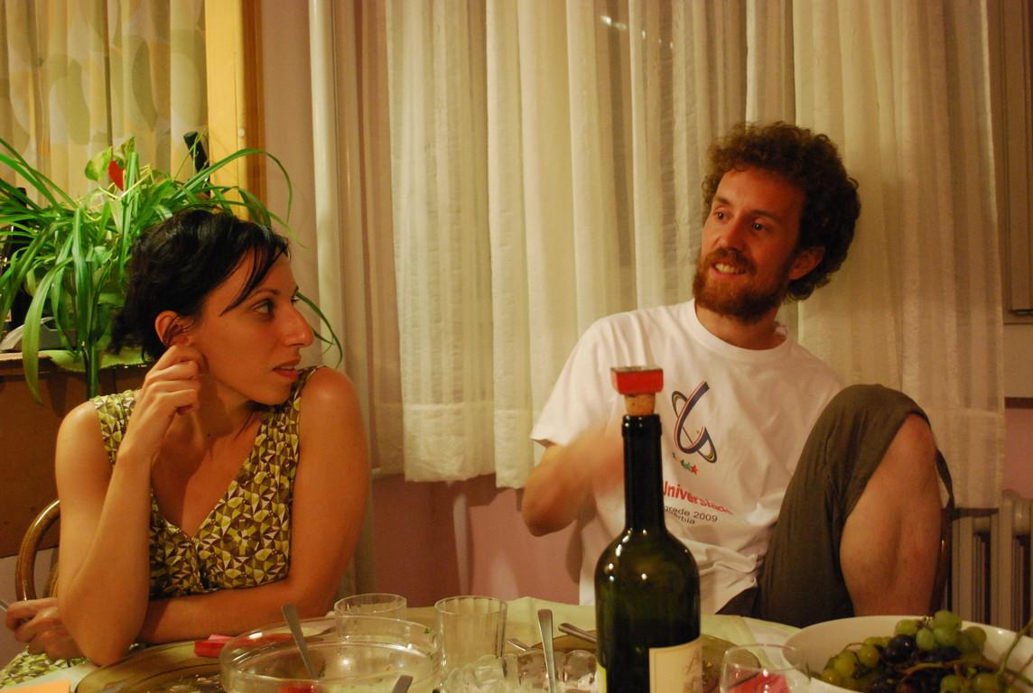 Merima et Mrgud nous accueillent pour un soir à Belgrade.