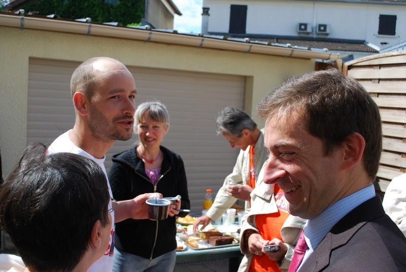 Catherine nous accueille chez elle, Phillipe Bertheaux du Crédit Mutuel Enseignant est là également