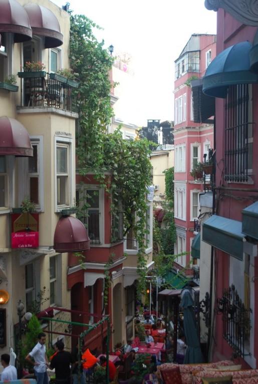 fransız sokak, la rue francaıse