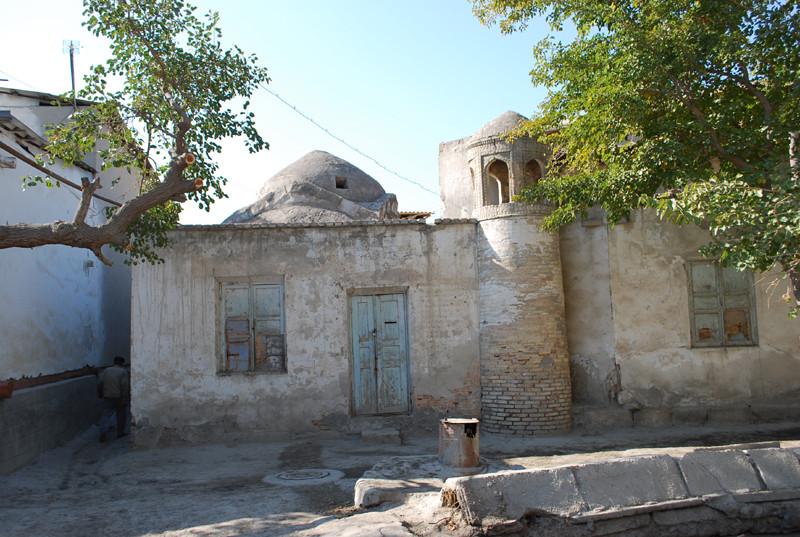dans les ruelles du vieux Boukhara
