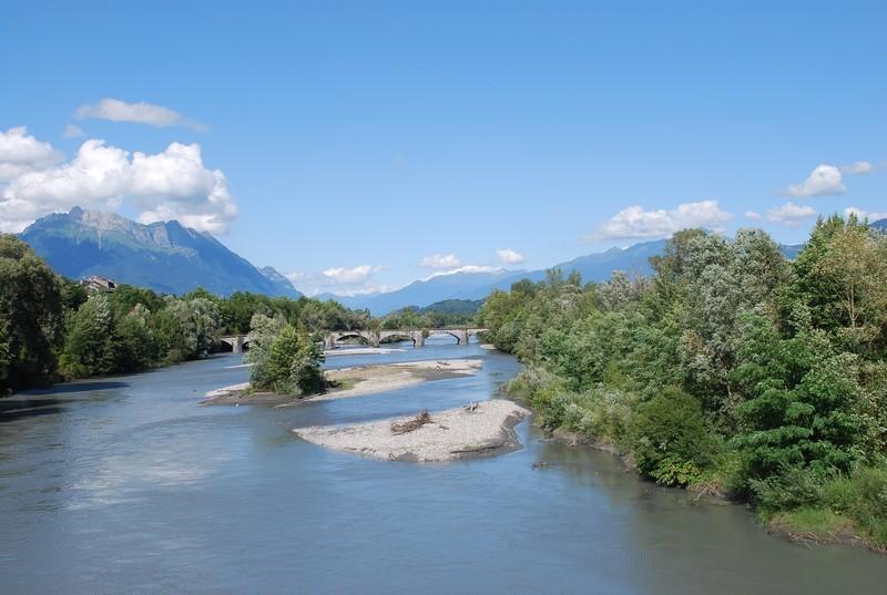 L'Isere et le Mont Blanc au fond