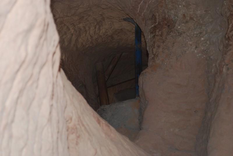 d'une chapelle a l'autre a travers le roc
