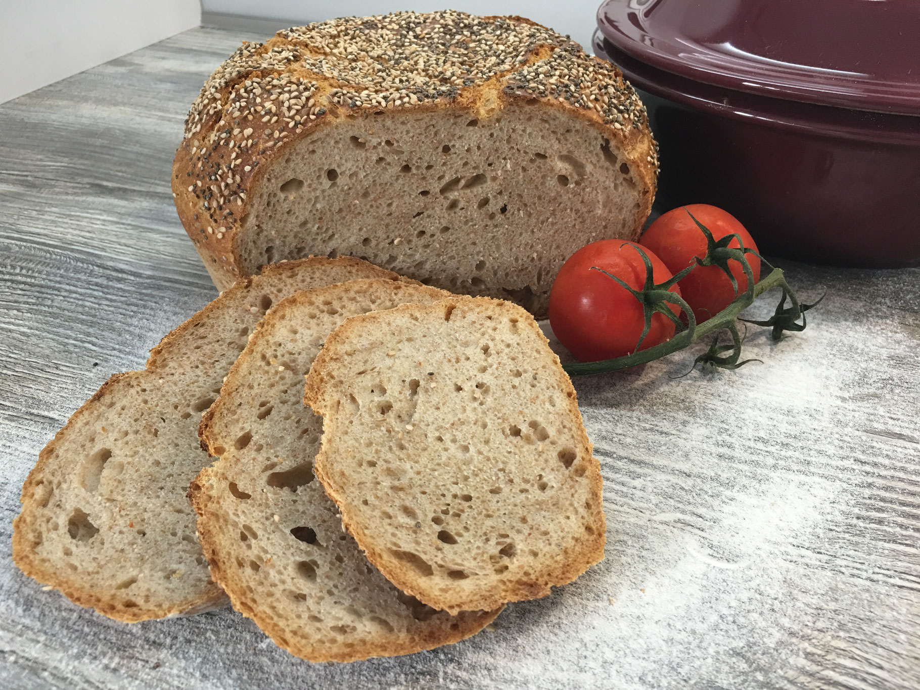 Leckere Weizenkruste mit Sesam/Chia Topping