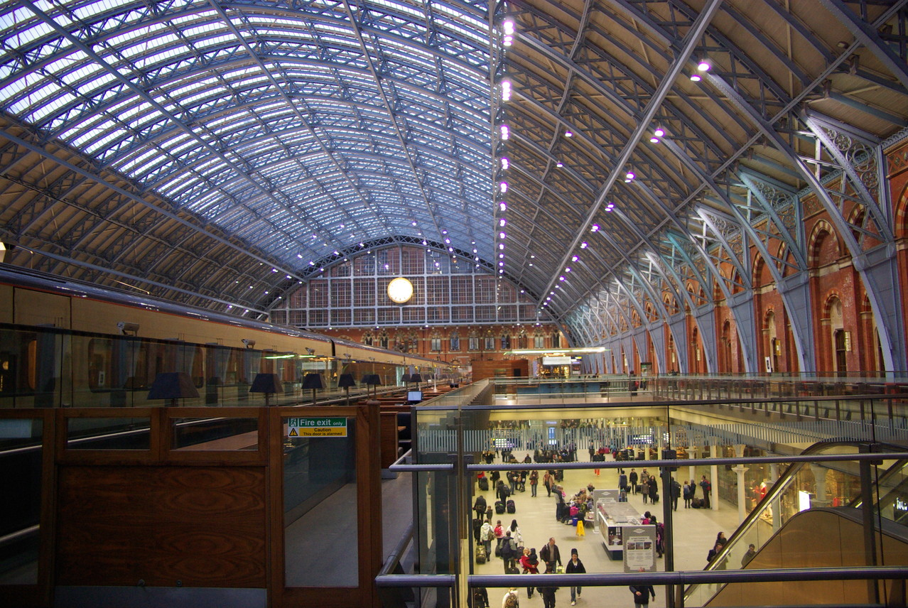 St Pancras international London station