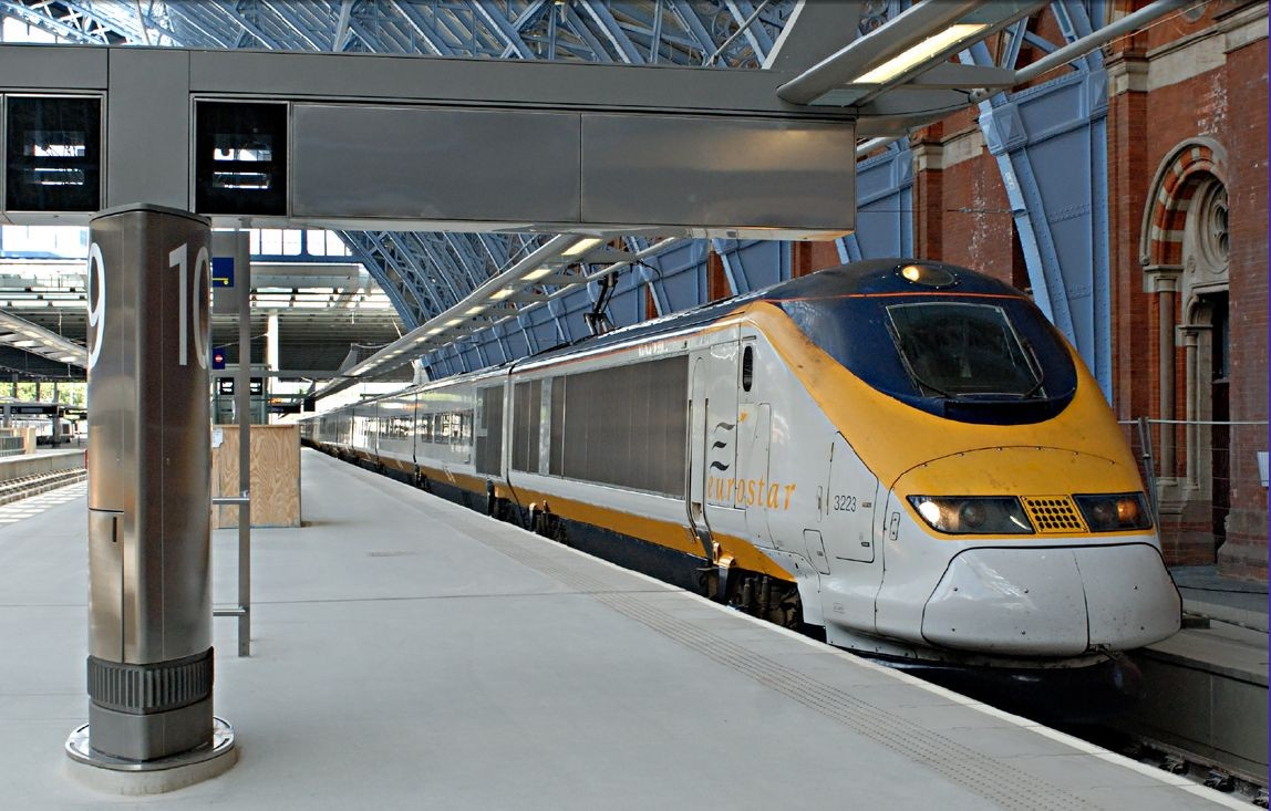 Eurostar train arriving in St Pancras