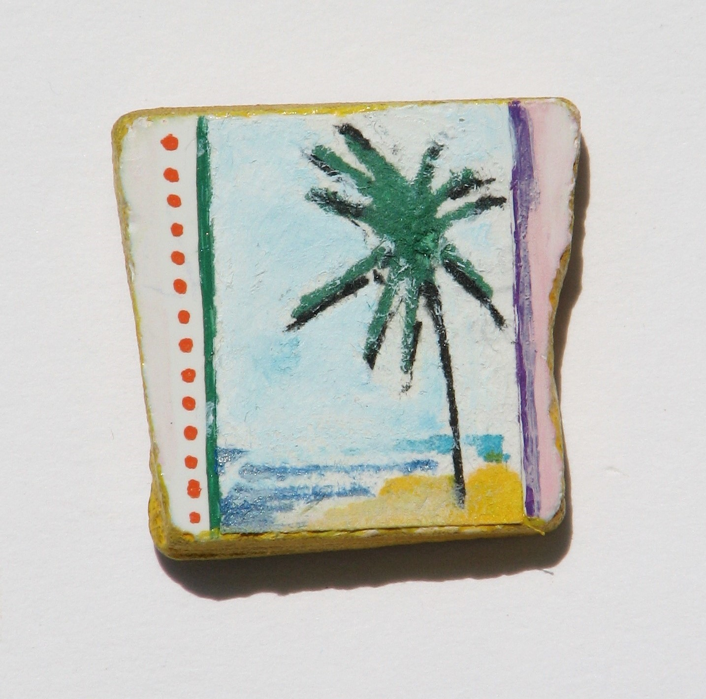 Bora  2014  Paint / Paper on Tile  3,3 x 3,3 cm