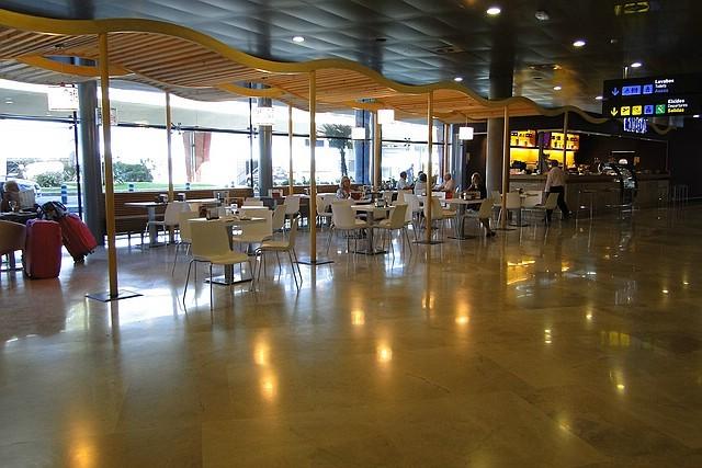 Café Im Flughafen Valencia