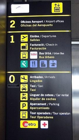 Hinweistafel, Flughafen Valencia