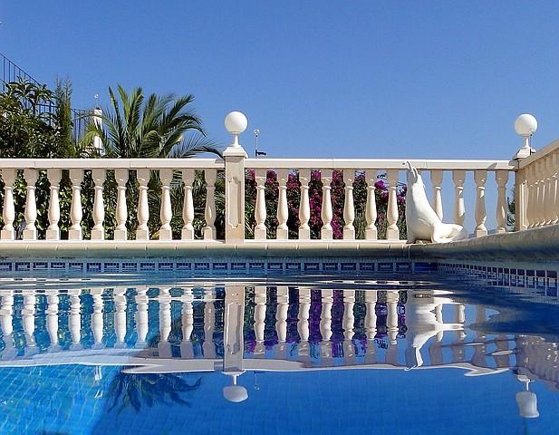 Ferienwohnung Valencia, Meerwasser-Pool mit Seehund, Bild vom 13.09.2011