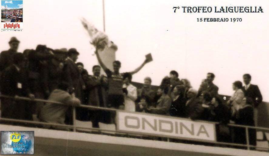 Foto courtesy: archivio TLS, Michele Dancelli in maglia Molteni vince per la 2° volta il Trofeo Laigueglia, qui sul palco premiazioni sulla terrazza del ristorante Ondina sul lungomare di corso Badarò.