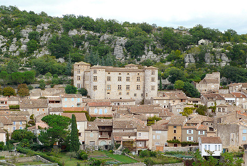 Vogüé, classé plus beau village de France