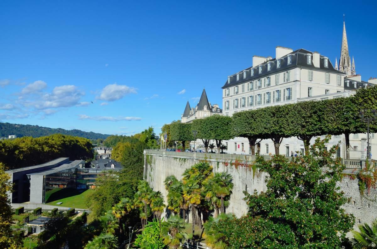 Un été à Pau : logement, activités, lieux d'intérêt