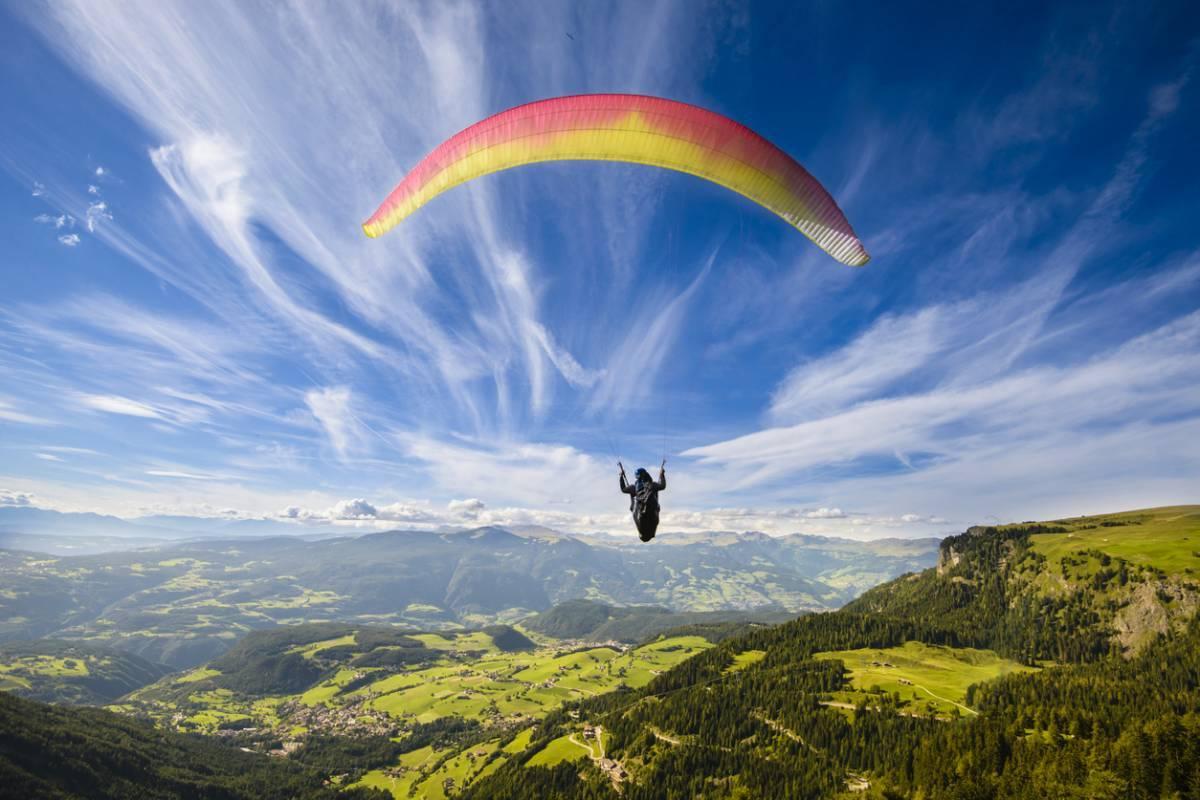 5 raisons pour lesquelles Annecy est la plus belle destination pour voler en parapente