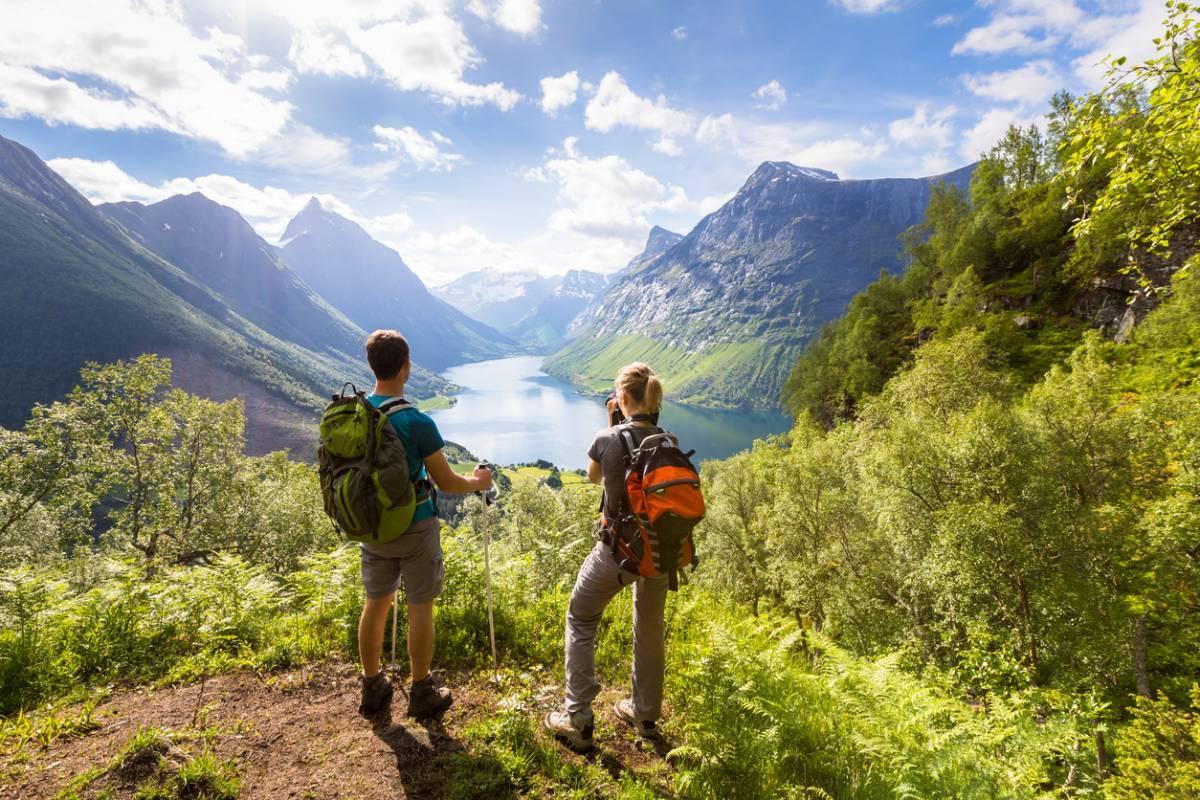 Les activités à faire à la montagne en été près du lac de Serre-Ponçon