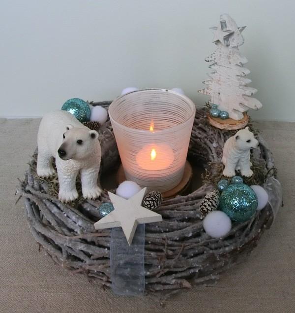 Weidekranz mit Eisbären von Schleich dekoriert