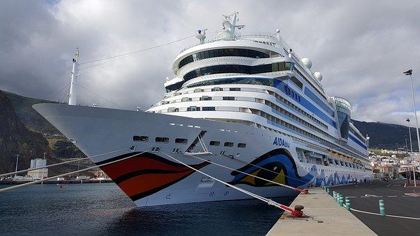 Hafen Santa Cruz de Tenerife, Kreuzfahrtschiff, Städte Teneriffa