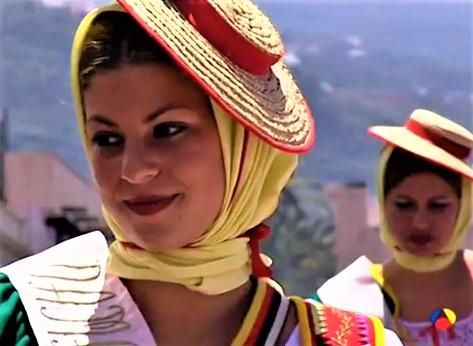 Traditionelle Kleidung, Romeria, Casa Madera