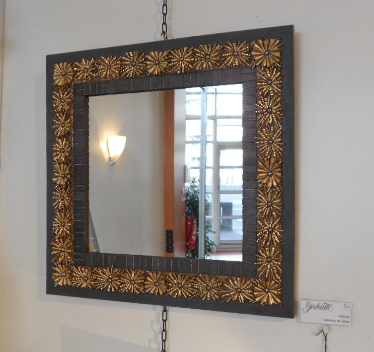 Miroir Accumulation copeaux de laiton, Ardoise