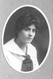 Irene´s 1916 Madison High School yearbook photo (Thanks to C.T.)