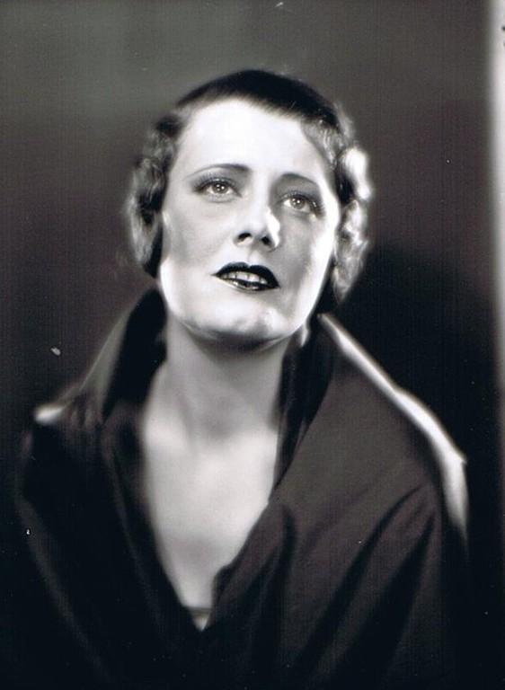 1930 - publicity