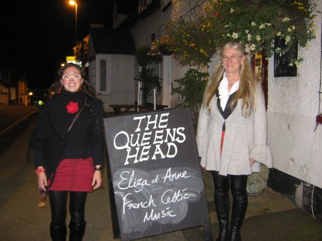 "Concert en pub - ""Queens Head"" in Ampthill-Angleterre- Octobre 2010"