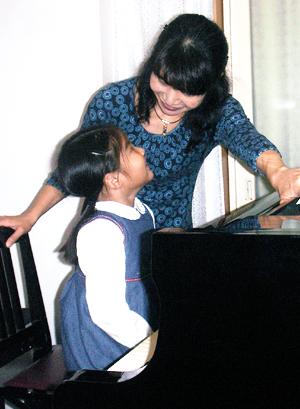 練馬区ピアノ教室ひとみ先生