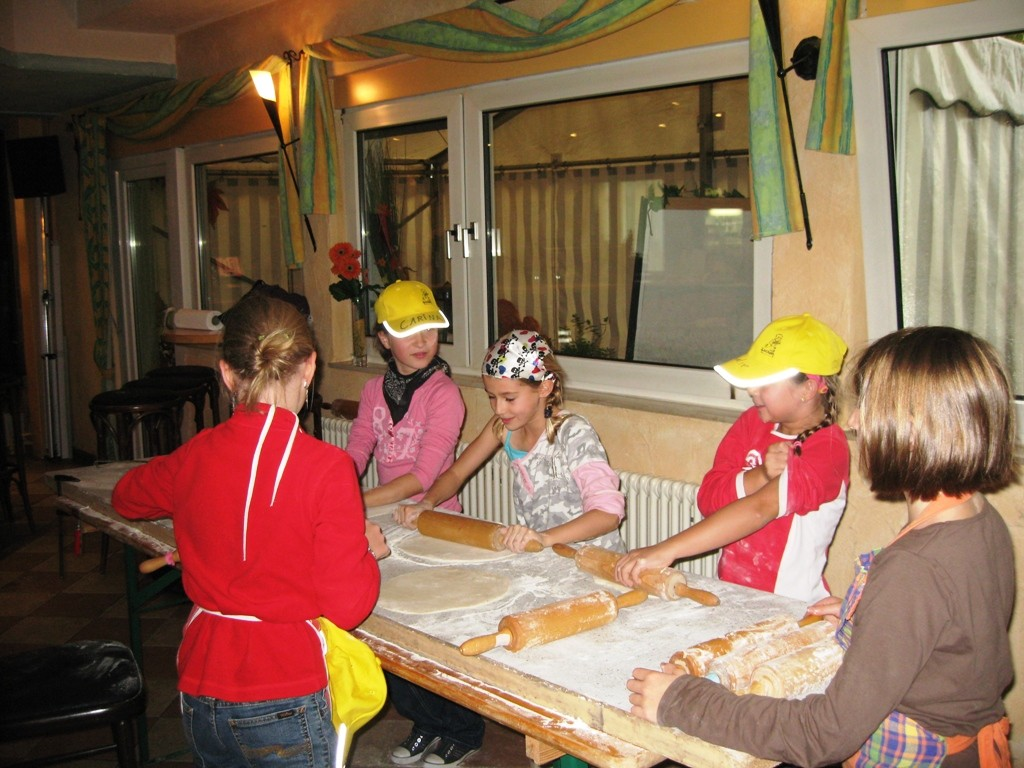 Pizza backen im Lummerland