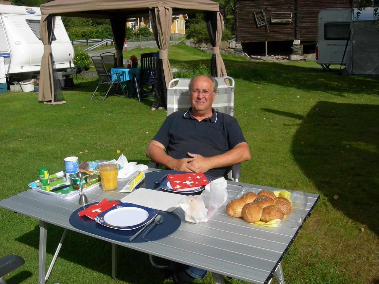 1. August Frühstück
