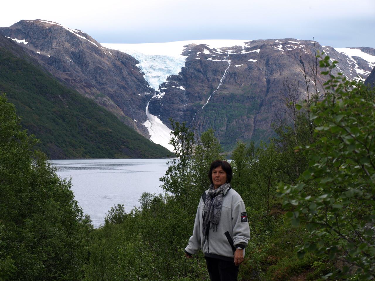 der Gletscher reicht bis ins Meer hinunter