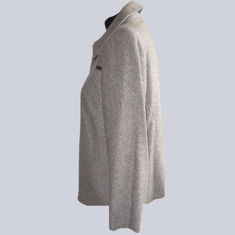 Tolle Jacke mit Fischgrätmuster, Größe 44.