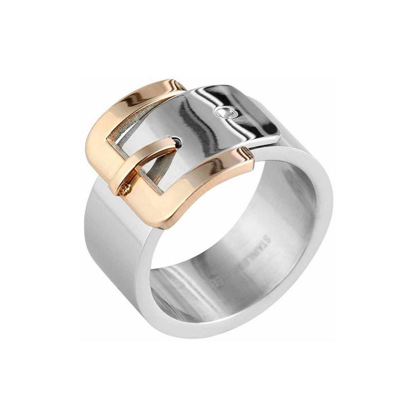 Ein traumhaft schöner, ausgefallener Ring. Wunderschöner Modeschmuck.