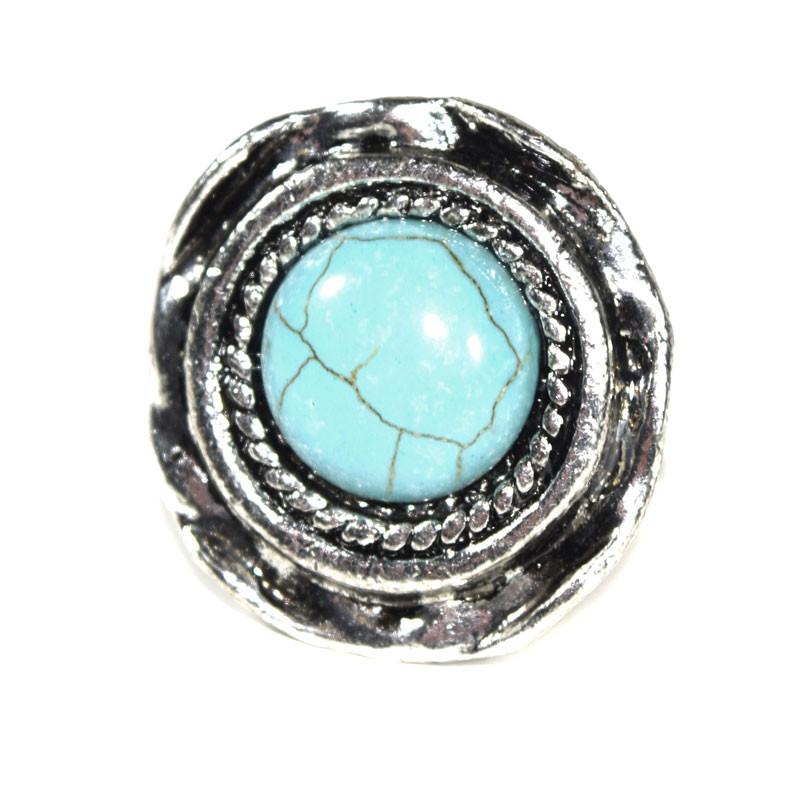 Wunderschöner, großer Ring Dunja. Silberfarben mit einem schönen, großen türkisfarbenen Schmuckstein.